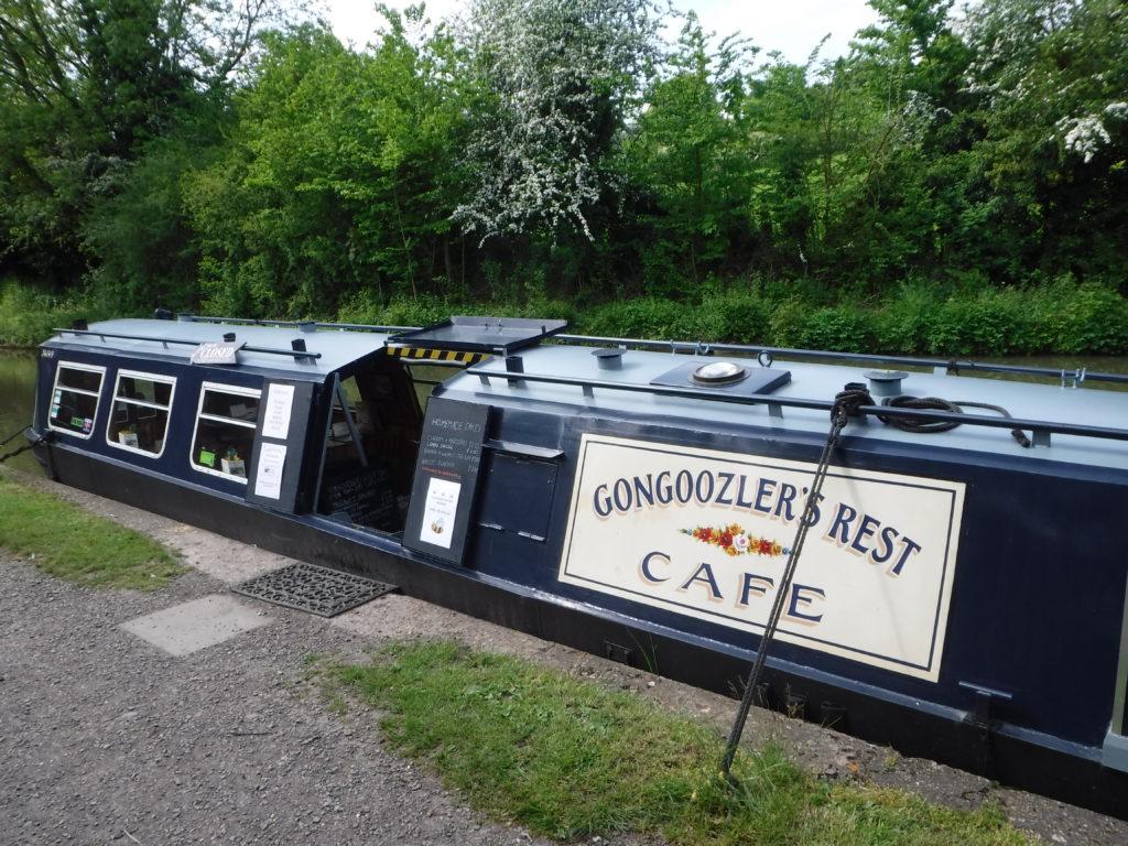 Cafe Boat