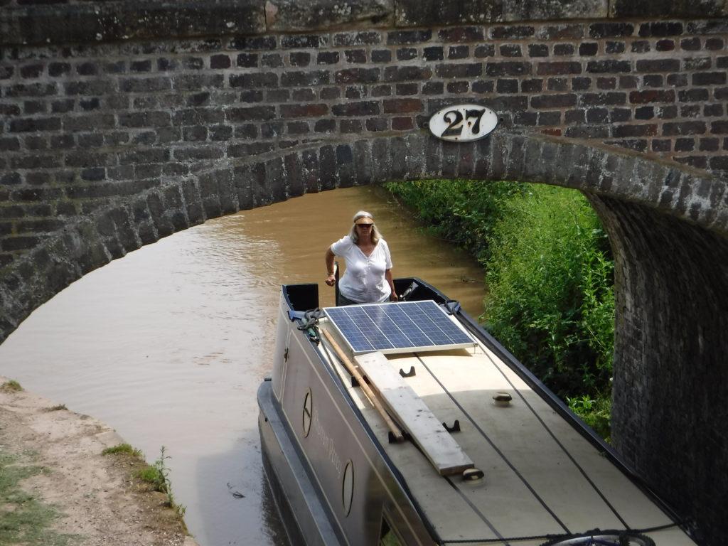 Paula wrangling boat