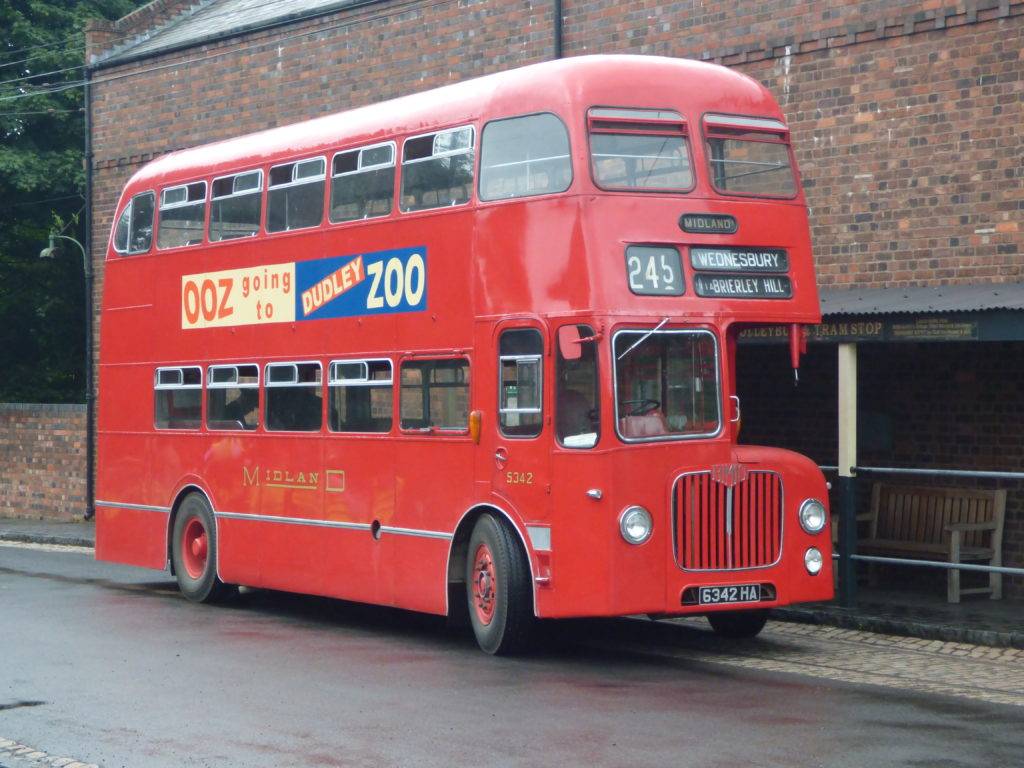 Dudley bus