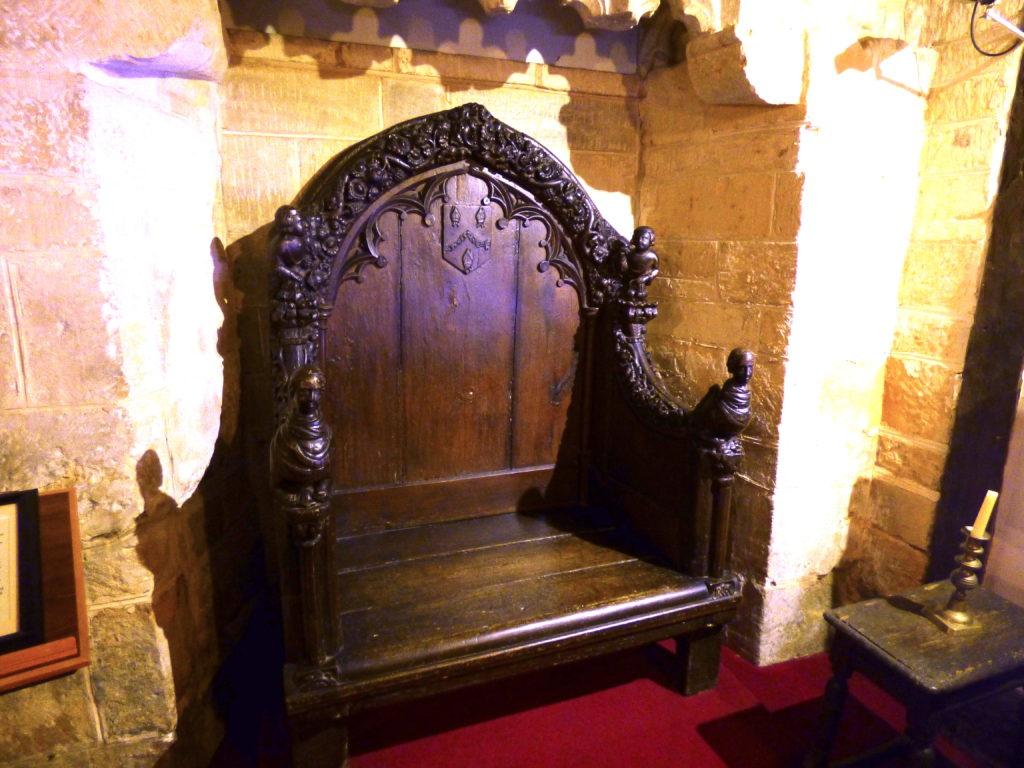 Abbot's chair